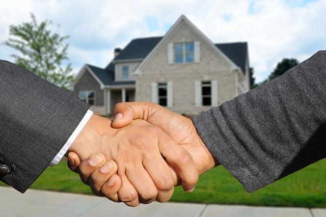 Trouver la bonne agence immobilière pour une meilleure transaction